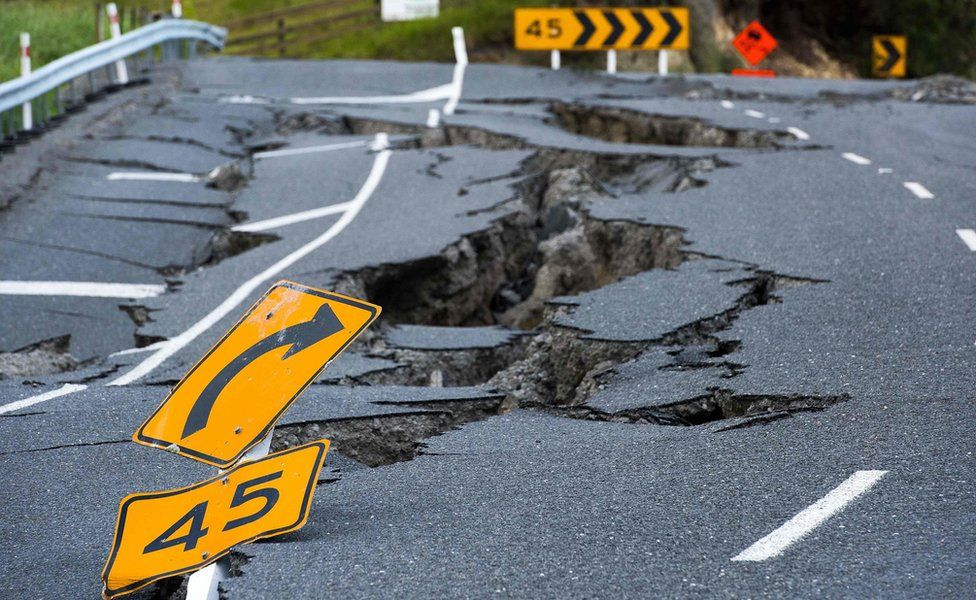 Earthquake damage to State Highway 1 is seen south of Kaikoura on 16 November 2016.