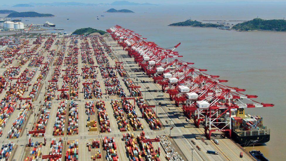 浙江地处长三角地区,宁波是中国重要的港口城市。