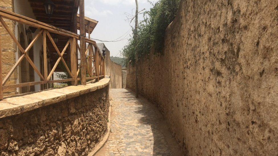 Harar alleyway