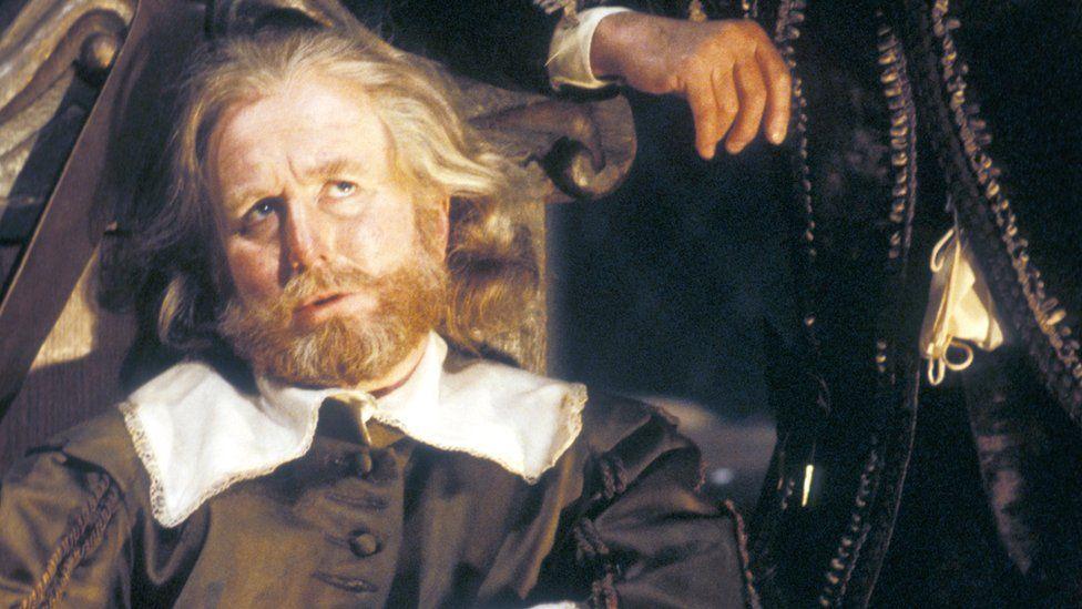Robert Hardy in Twelfth Night