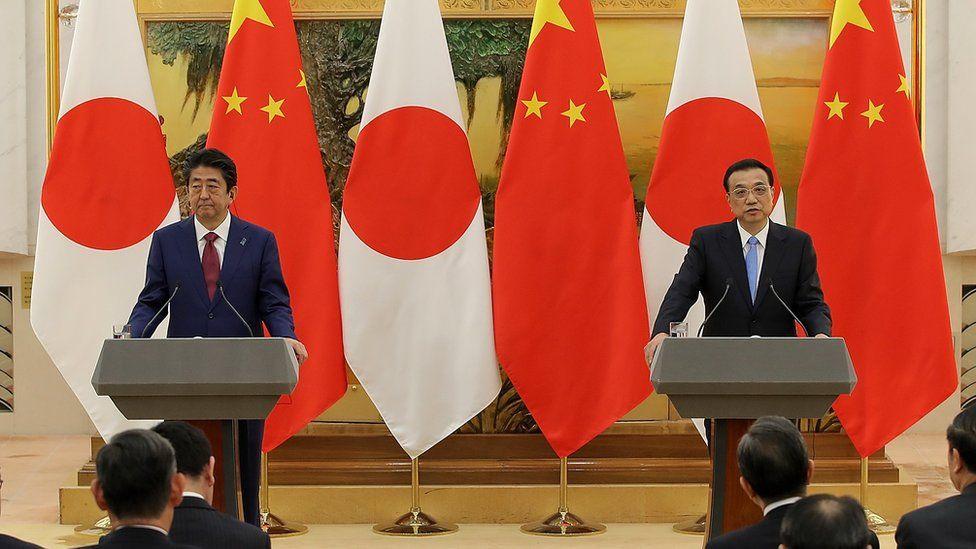 Shinzo Abe and Li Keqiang