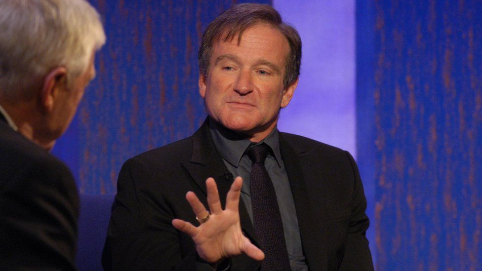 Suicídios aumentaram nos EUA logo após Robin Williams se matar, mostra levantamento