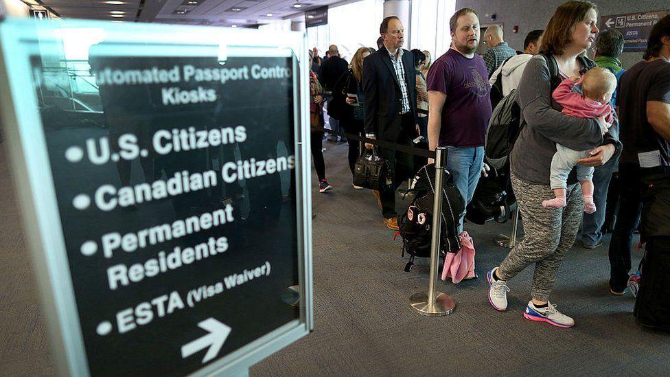 Miami airport international arrivals queue