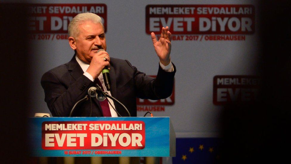 "Turkish Prime Minister Binali Yildirim delivers a speech calling for a ""yes"" vote"