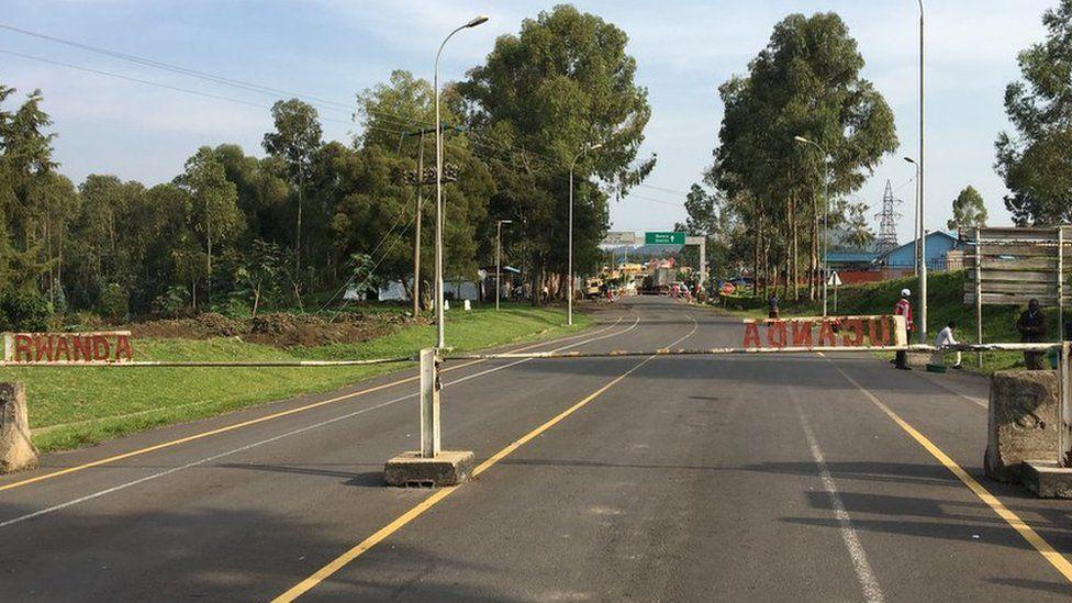 Rwanda-Uganda border