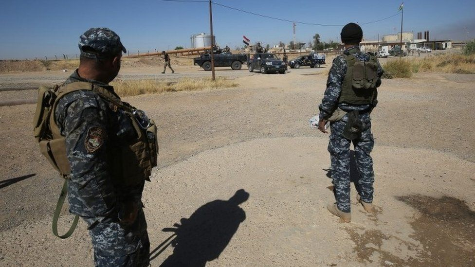 Iraqi federal forces enter the Bai Hassan oilfield, west of the multi-ethnic northern city of Kirkuk (17 October 2017)