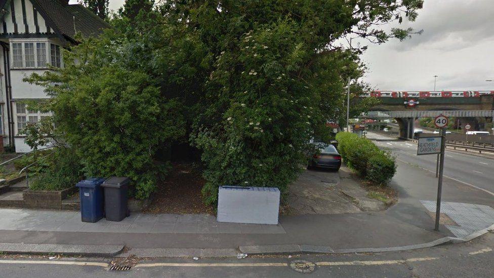 Heathfield Gardens street scene