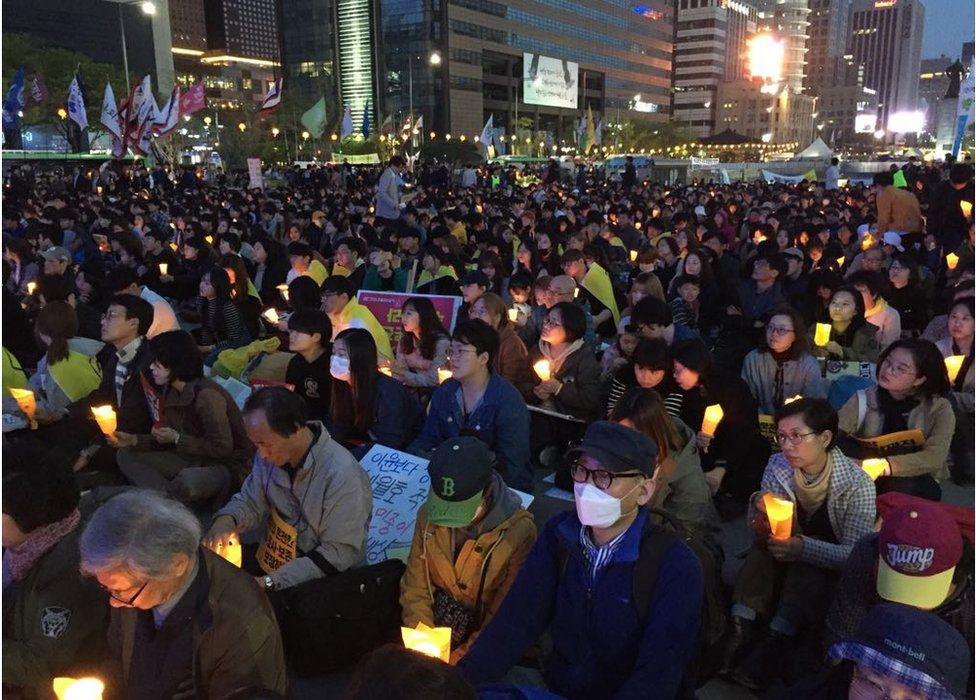 Picture of Sewol commemoration rally in Seoul in April 2017