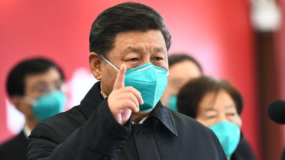 Xi Jinping wearing a face mask