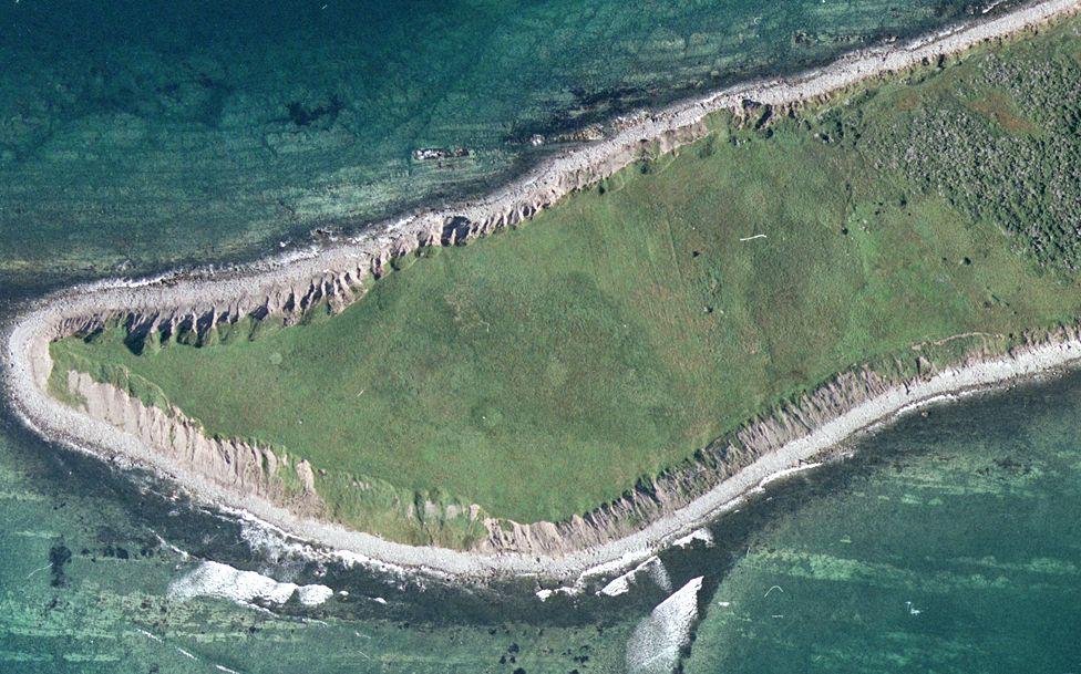 Satellite photo of site