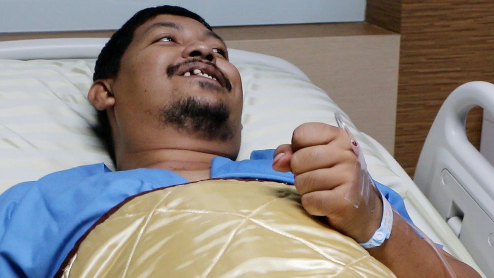 Attaporn Boonmakchuay recovering in hospital. 26 May 2016