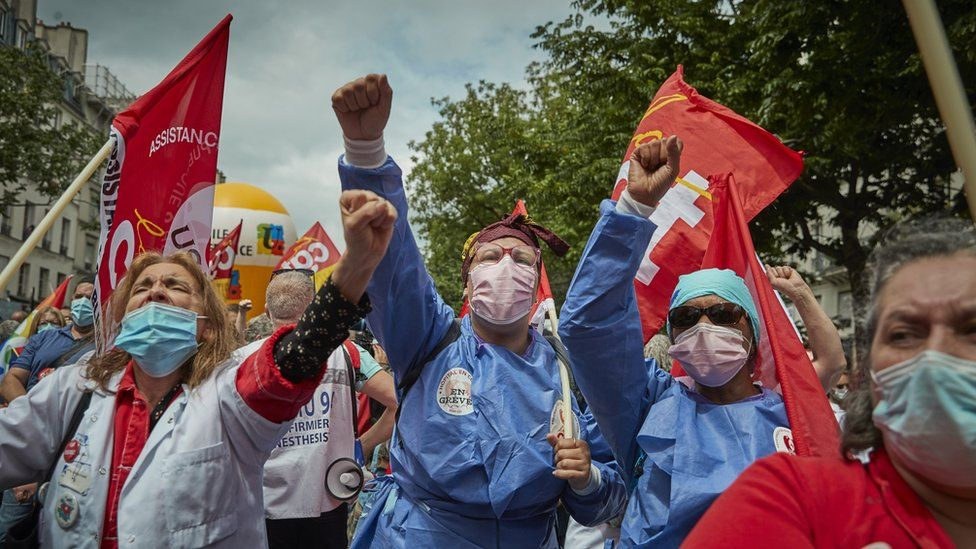 Healthcare workers protest