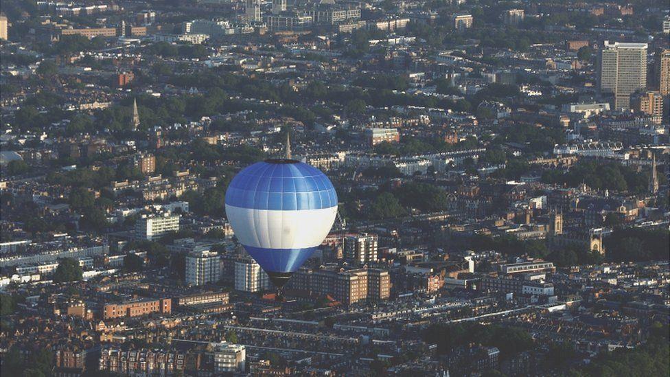 บอลลูนทั่วลอนดอน
