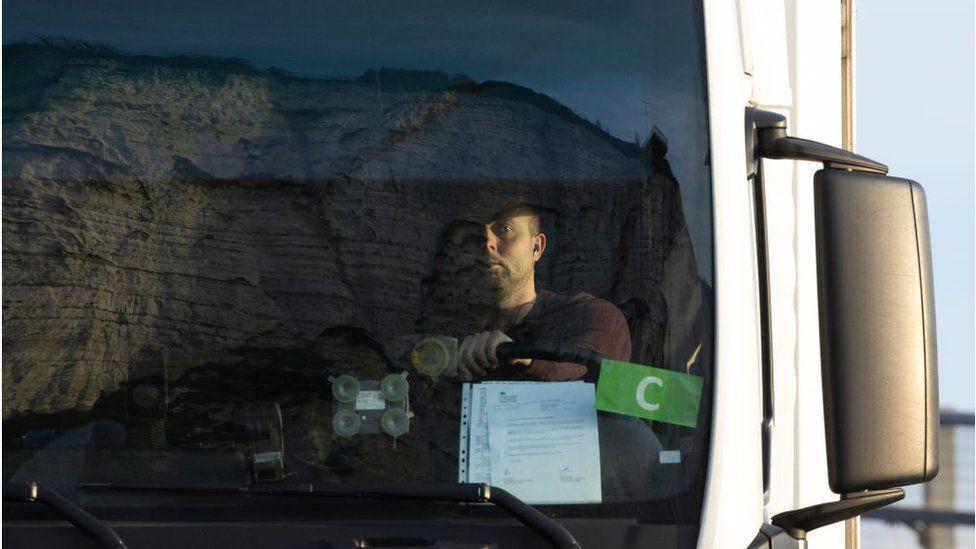 Truck driver visa options under discussion thumbnail