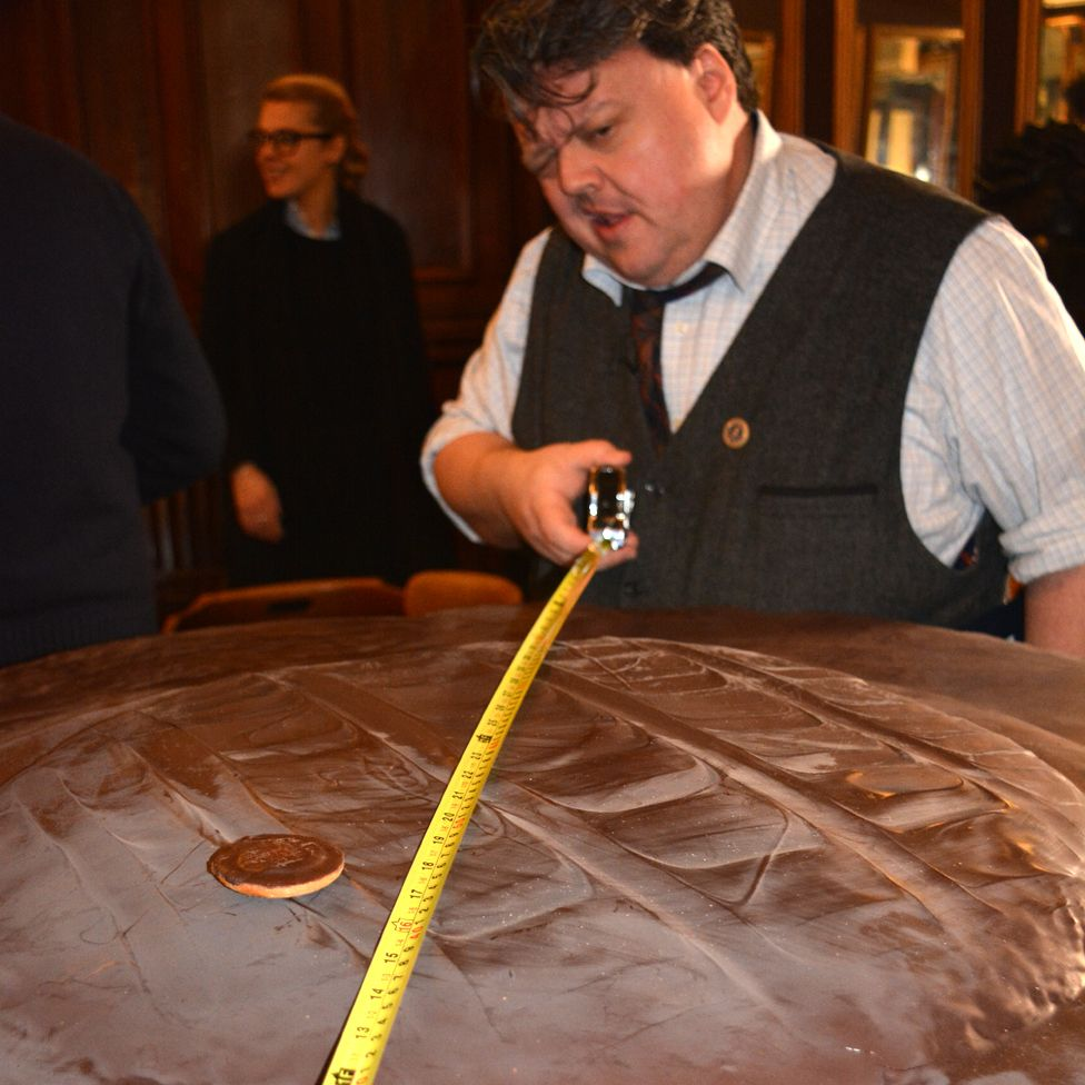 Craig from Guinness World Records measures the Jaffa Cake