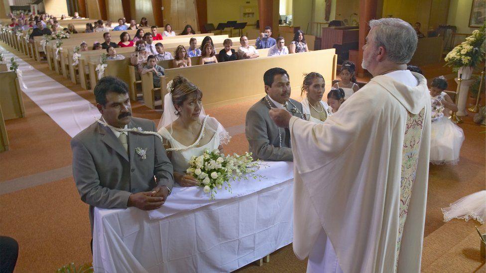 Matrimonio Catolico Dibujo : Cuándo y por qué la iglesia católica impuso el celibato a los