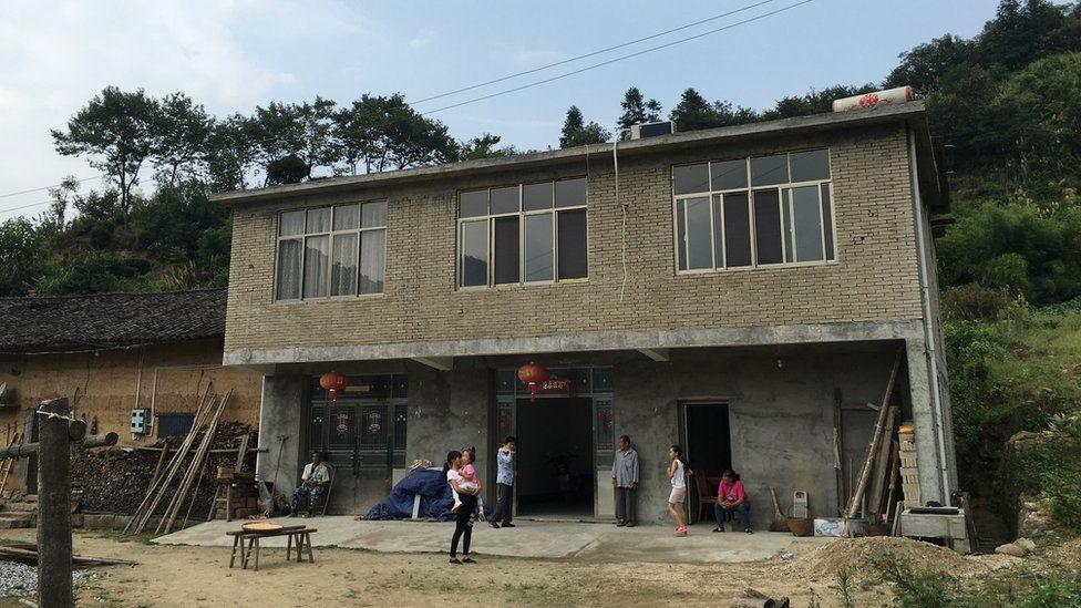 Bachelor Xiong Jigen's house