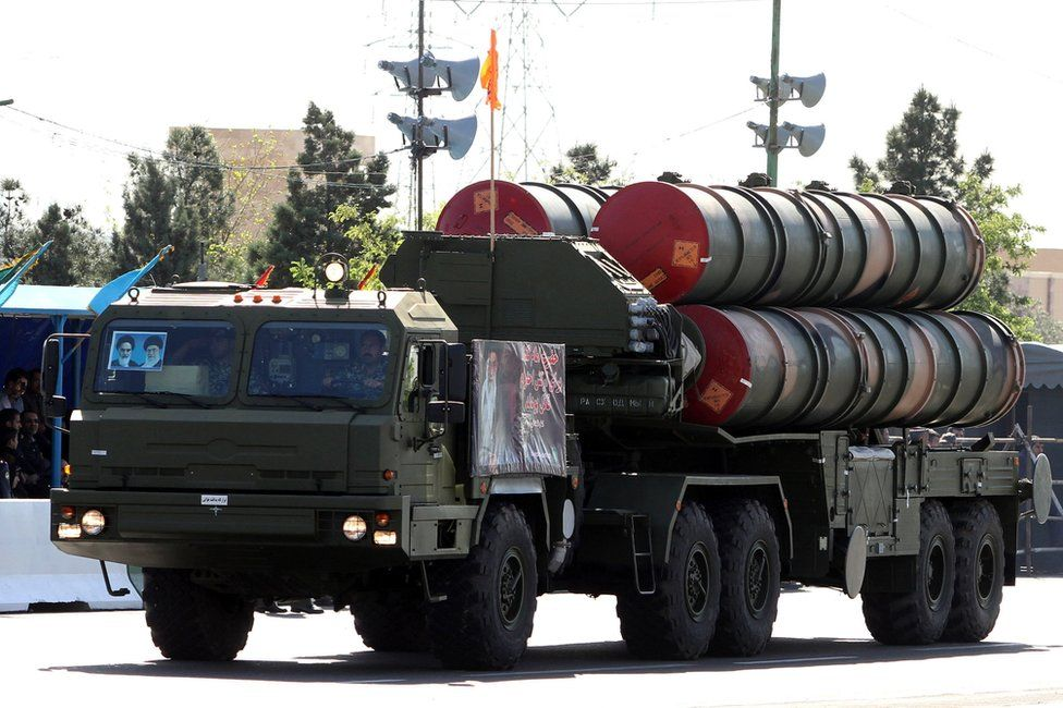 Military trucks carrying Iranian S300 missiles on parade in Tehran, 18 April