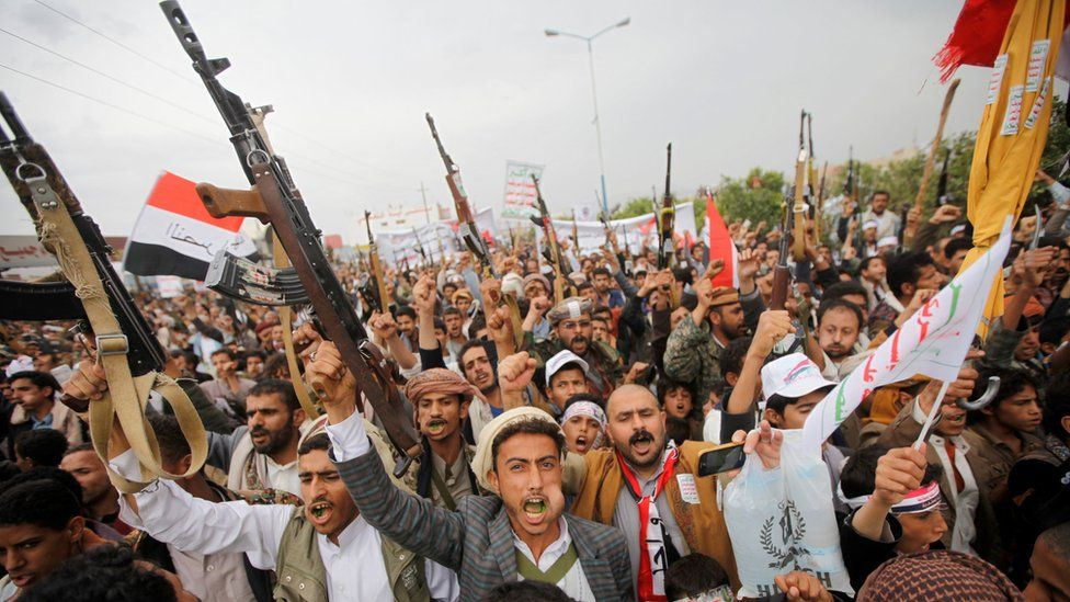 Armed followers of the Houthi movement