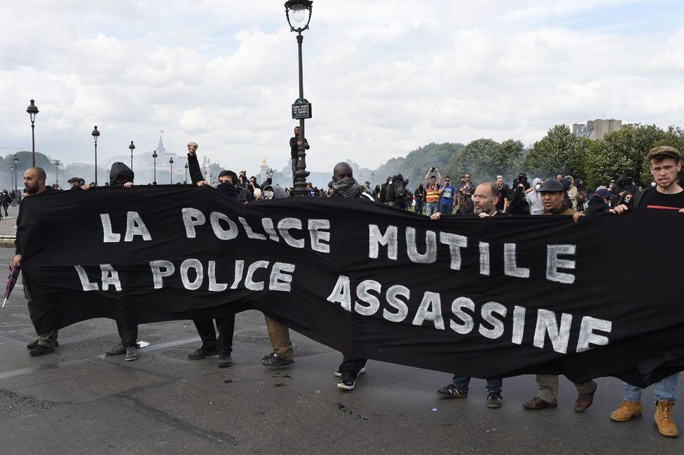 Anti-police banner in Paris, 14 Jun 16