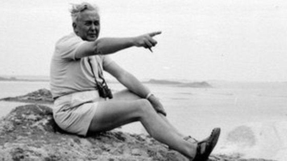 Oedd Harold Wilson yn mwynhau ei oriau hamdden ar draethau Pen Llŷn?