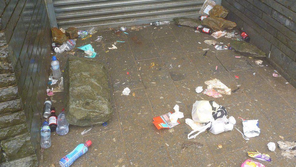 Rubbish next to Snowdon's mountaintop cafe