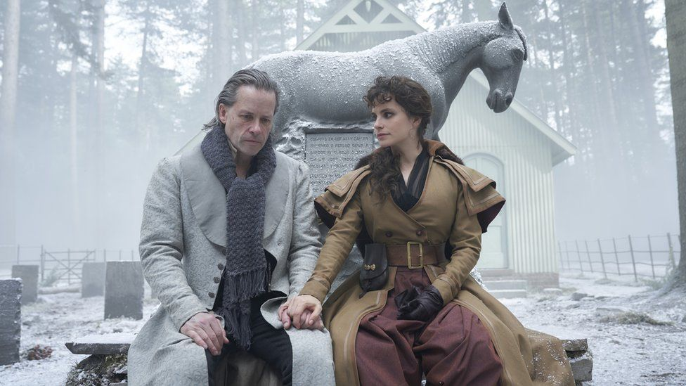 Guy Pearce and Charlotte Riley