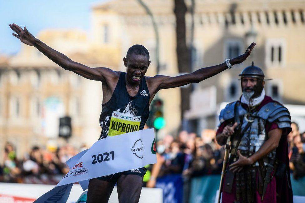 Kenya's Clement Langat Kiprono crosses the finish line to win the Rome Marathon on September 19, 2021 in Rome.