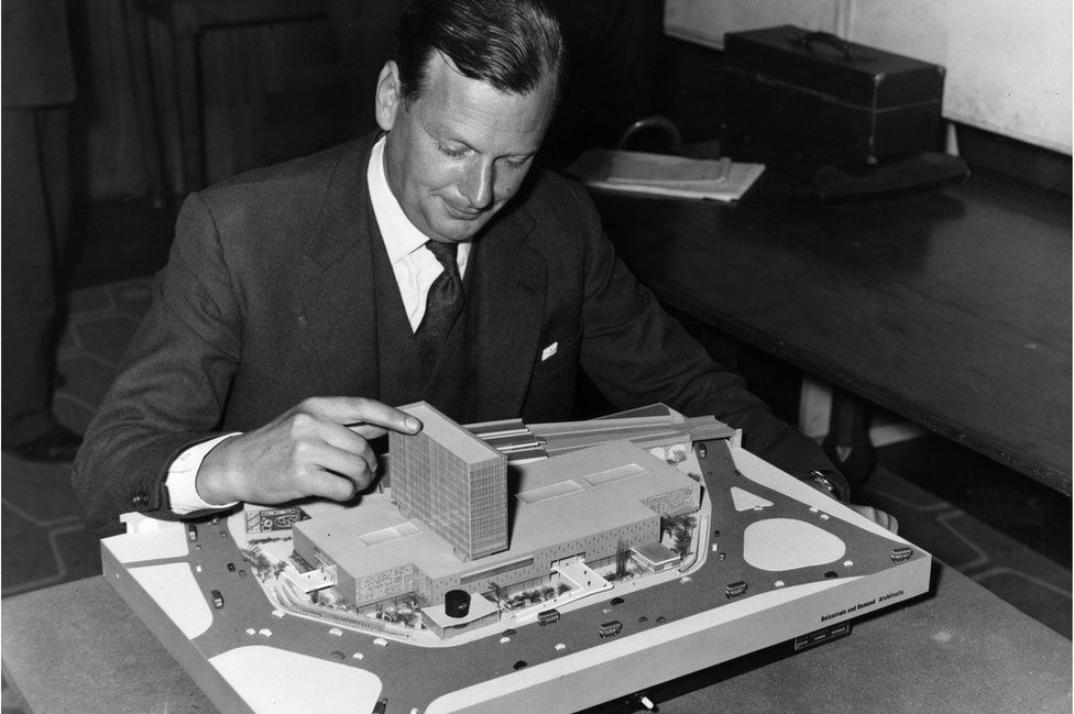 Paul Boissevain, architect for the Willett group of Companies with a model of the Group's plan for the Elephant and Castle shopping centre which has been chosen by the LCC.