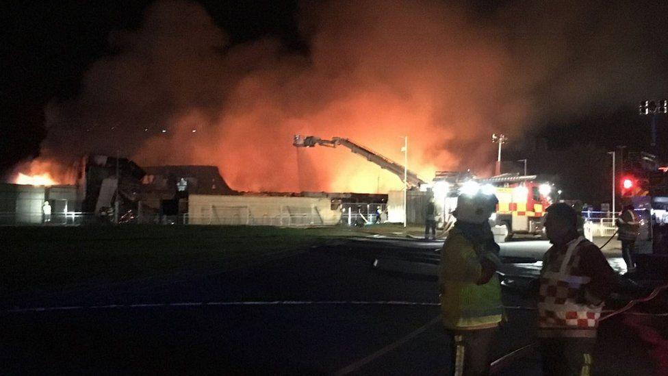 Grove Leisure Centre fire