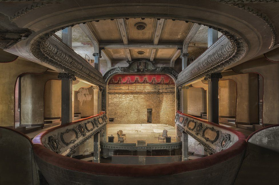 Театр в городе Бар-ле-Дюк, Франция