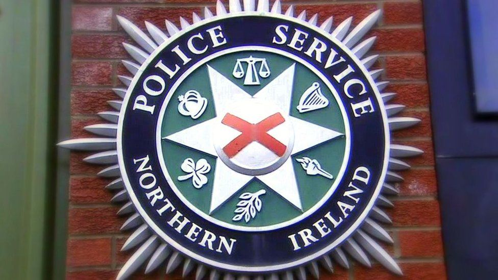 A Police Service of Northern Ireland crest