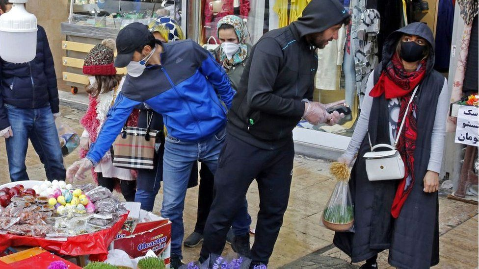 Shoppers in a Tehran bazaar