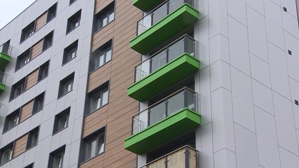 Cladding on Swansea block of flats