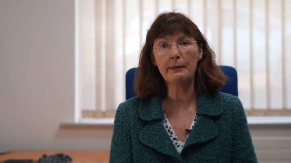 Dr Sarah Aitken
