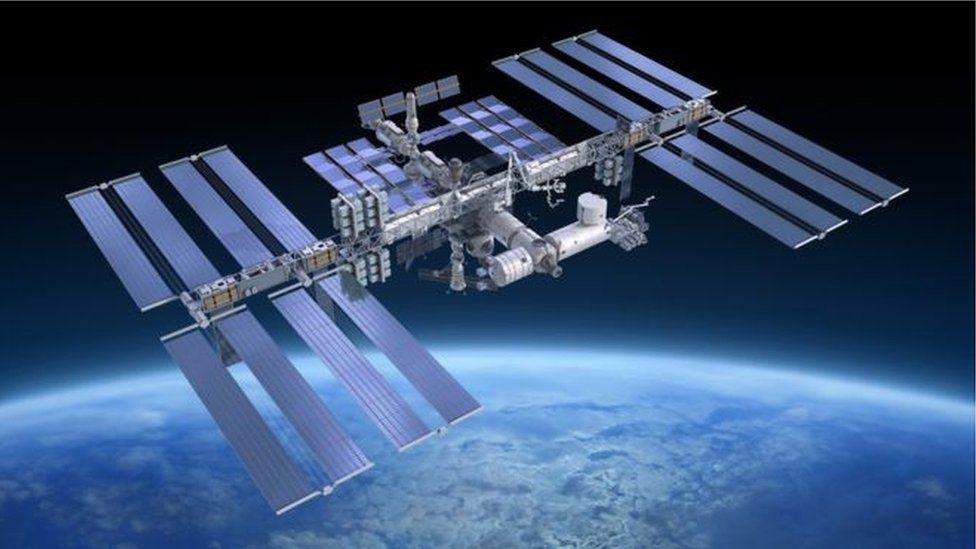 O que é a síndrome de Kessler e por que ela preocupa a agência espacial russa