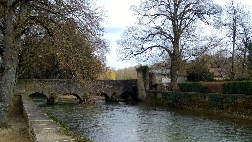 The bridge at Chatillon