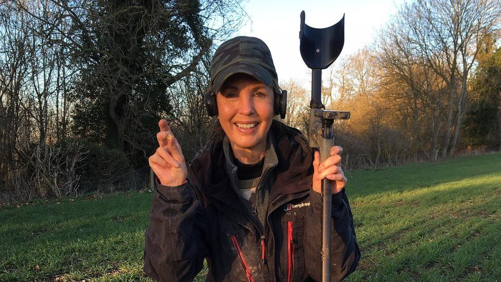 Sue Washington, the metal detectorist who made the discovery