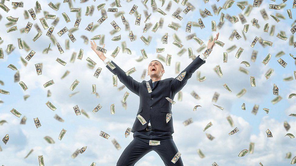 Por que milhares de pessoas receberão salários sem trabalhar em 2017
