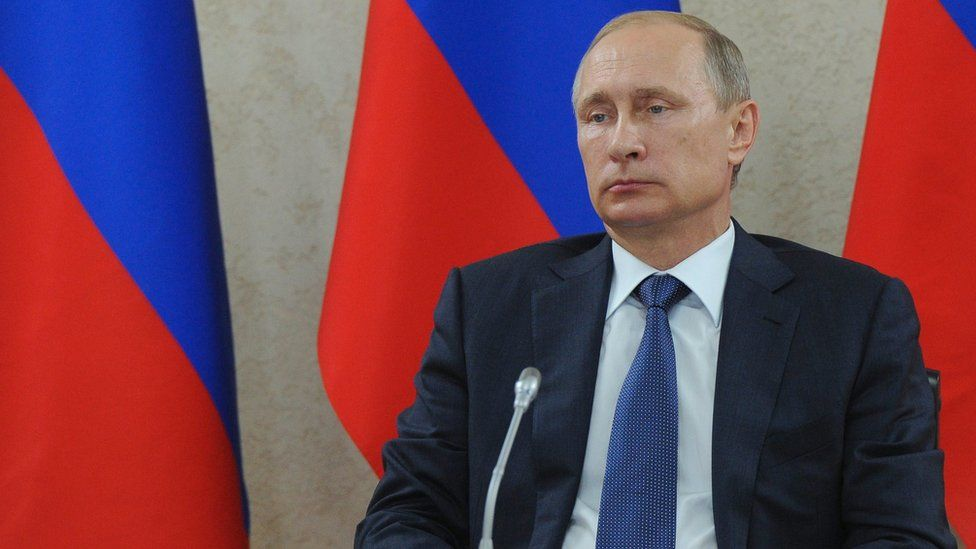 Russian President Vladimir Putin attends a meeting on development of transport infrastructure facilities in Black sea port of Novorossiysk, southern Russia, 20 August 2015
