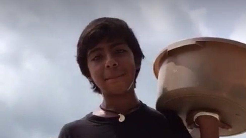 México: el ingenioso niño que vende empanadas en Acapulco que le dijo 'no, gracias' al multimillonario Carlos Slim