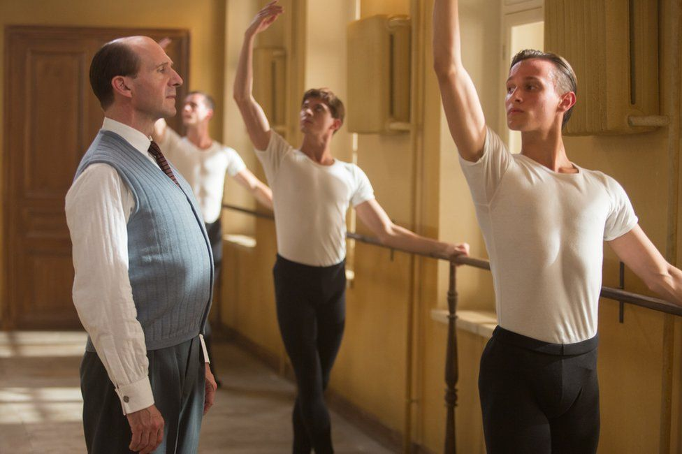 Ralph Fiennes with Oleg Ivenko (centre) in The White Crow