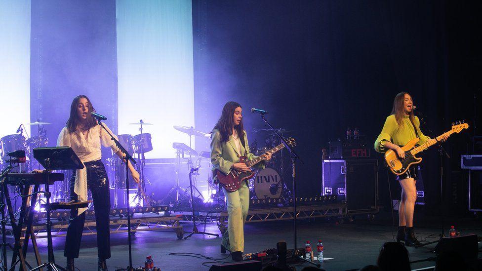 Haim on stage