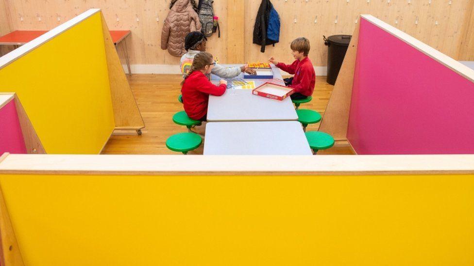 New look school canteen