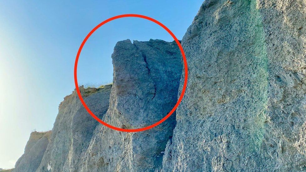 Crack in the cliff at Seatown Beach