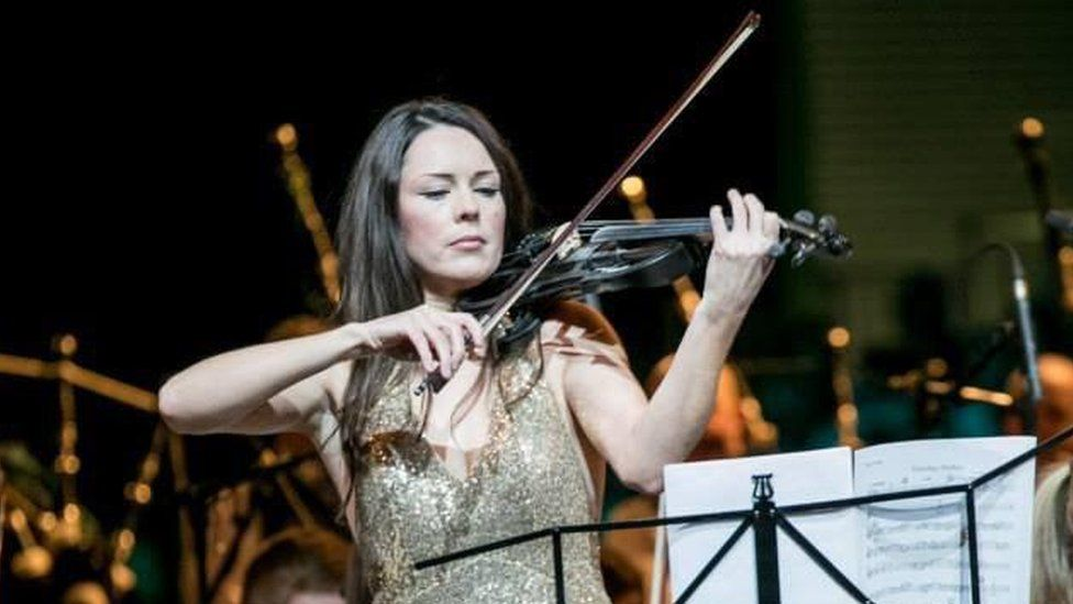Patricia Treacy is a former soloist with the Cross Border Orchestra of Ireland