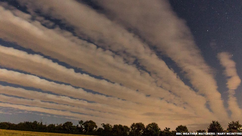Cloud streets above Tackley in Oxfordshire