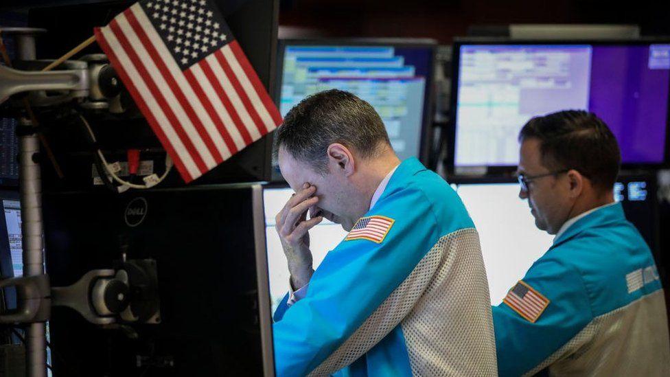 Markets dip as US-China trade war spooks investors