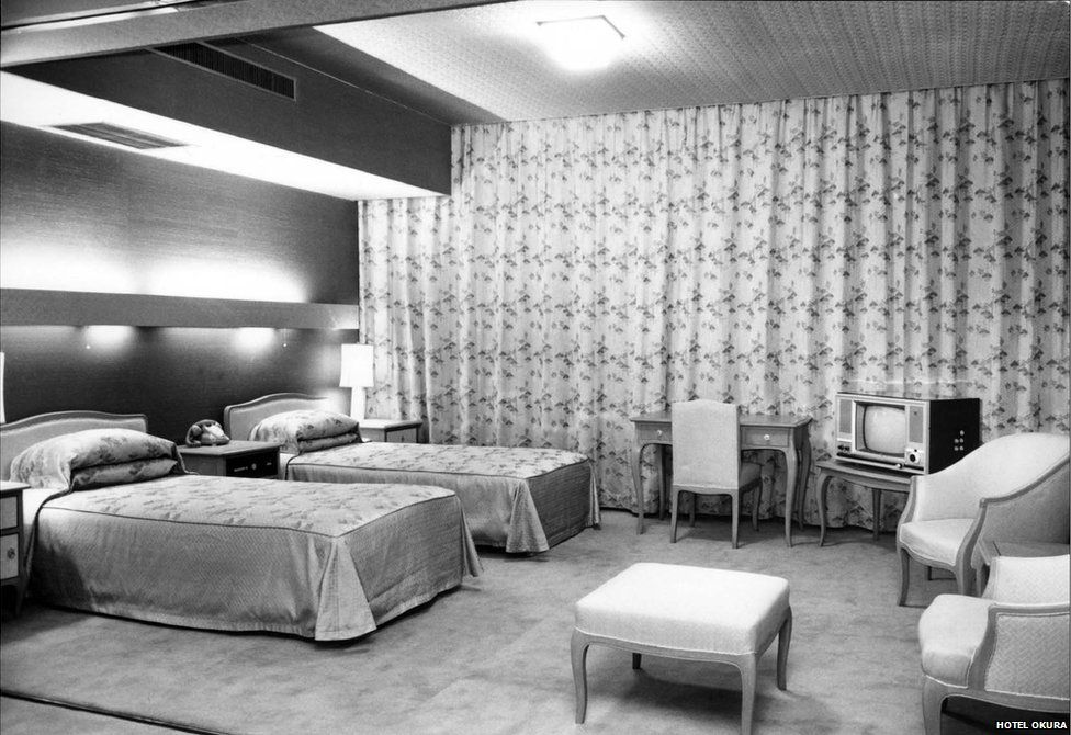 Picture of a typical room in Hotel Okura in the 1960s.