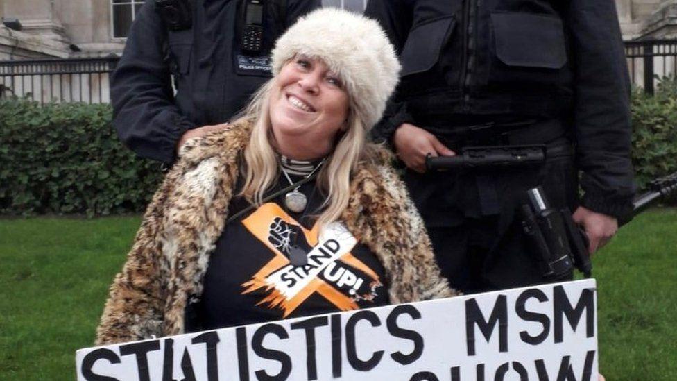 Michele protesting